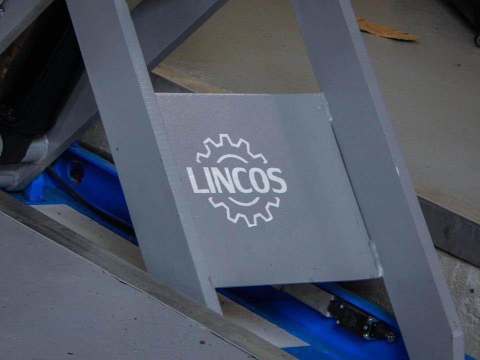 Celotno delavnico smo opremili z kvalitetnim orodjem znamke LINCOS!